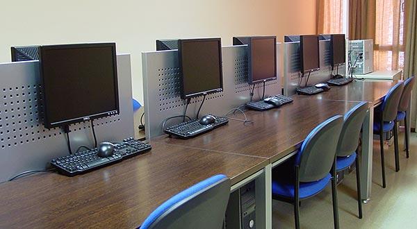 Aula d'internet i sala d'estudi